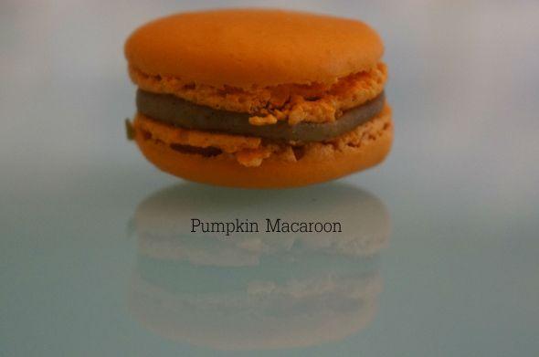 Pumpkin Macaroon